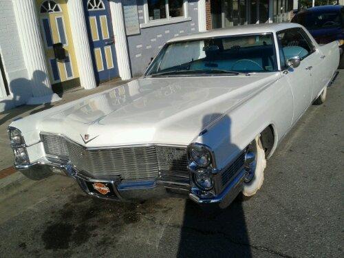 1965 Cadillac Sedan de Ville
